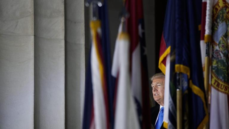 Тръмп твърдо ще строи стена и бори тероризма