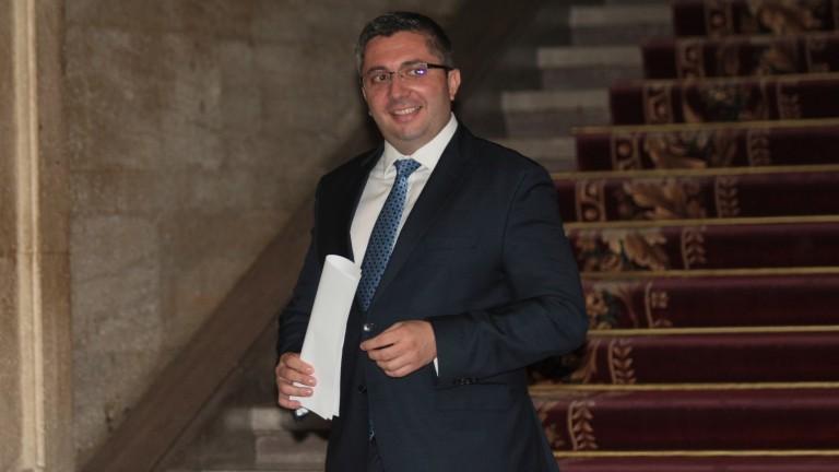Бившият регионален министър напуска и парламента