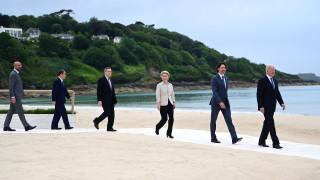 Г-7 натиска Русия да спре дестабилизиращите си действия