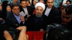 Дълги опашки в началото на изборния ден в Иран