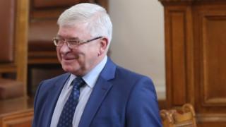 Ананиев обещава утре да има решение за проблемите на общинските болници