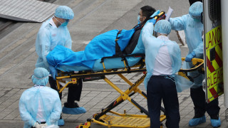 Протести срещу клиники за коронавирус в Хонконг