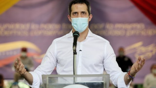 Гуайдо призова за международен натиск върху Мадуро