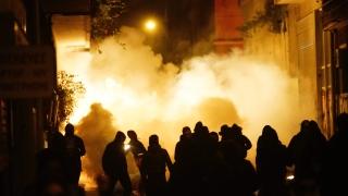Анархисти провокираха размирици в Атина
