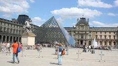 Рашидов в Париж, договаря изложбата в Лувъра