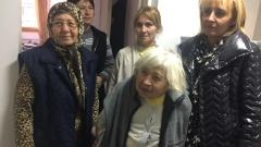 Омбудсманът Манолова дари ваучери за 11 100 лв на Хитрино