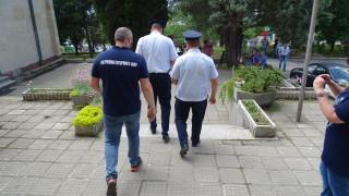 Шефът на КАТ-Благоевград остава в ареста