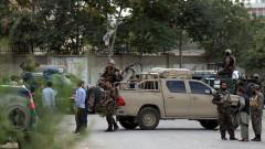 Бомба избухна в кола пред полицейски участък в Кабул
