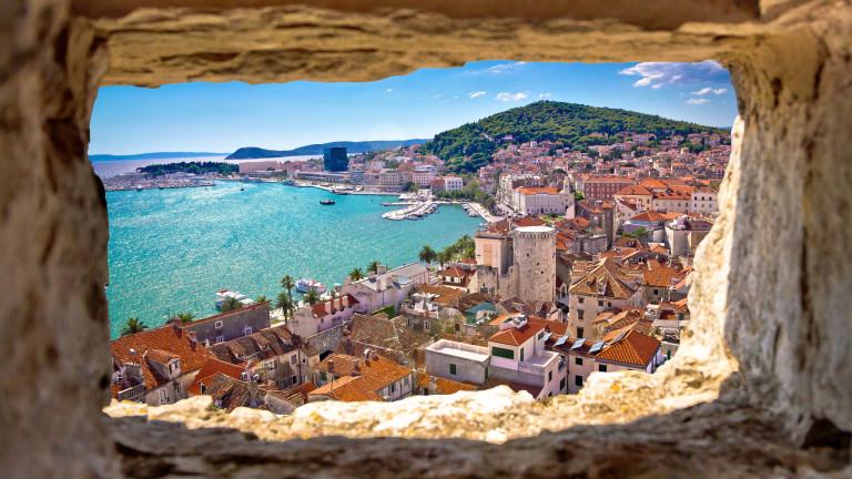 Хърватският диверсифициран холдинг Adris Grupa възнамерява да инвестира най-малко 456