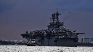 Водолази откриха останки на моряци от блъсналия се американски разрушител