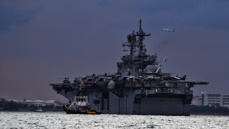 Тела на американски моряци са били намерени в наводнените отделения