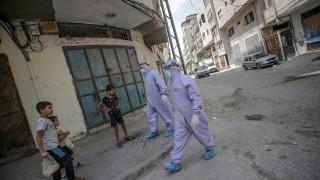 Палестинците обвиниха Израел, че блокира ваксини срещу COVID-19 за Газа
