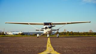 Службите реагирали похвално бързо с непроверения самолет според пилота