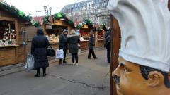 Коледните базари в София без маси за консумация