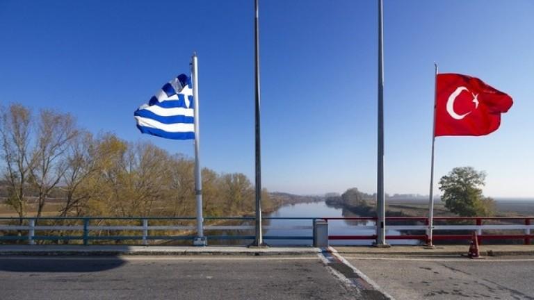 Гърция укрепва сухопътната си граница с Турция, вижда в България добър пример