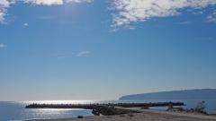 Слънчево и топло време, все още подходящо за плаж