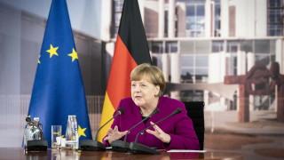 Меркел и Вишеградската четворка: Разхлабваме границите, когато пандемията позволи