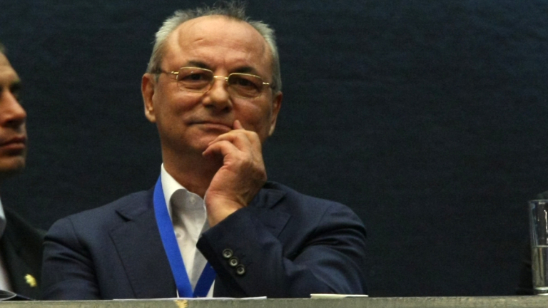 Ахмед Доган може да се върне в политиката, твърдят анализатори