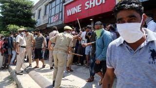 Коронавирус: Рекордни 6000 новозаразени в Индия