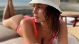 Ирина Шейк и с кого изкарва почивката си в Коста Рика моделът