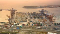 Съседка на Бъглария изгражда най-голямото търговско пристанище в Европа