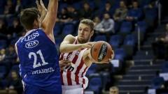 Везенков поигра 15 минути за Олимпиакос в Евролигата