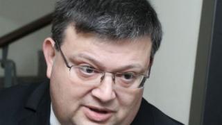 """Млъкнете, намекна Цацаров на критиците на операцията """"Лясковец"""""""