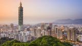 Американският здравен министър на посещение в Тайван