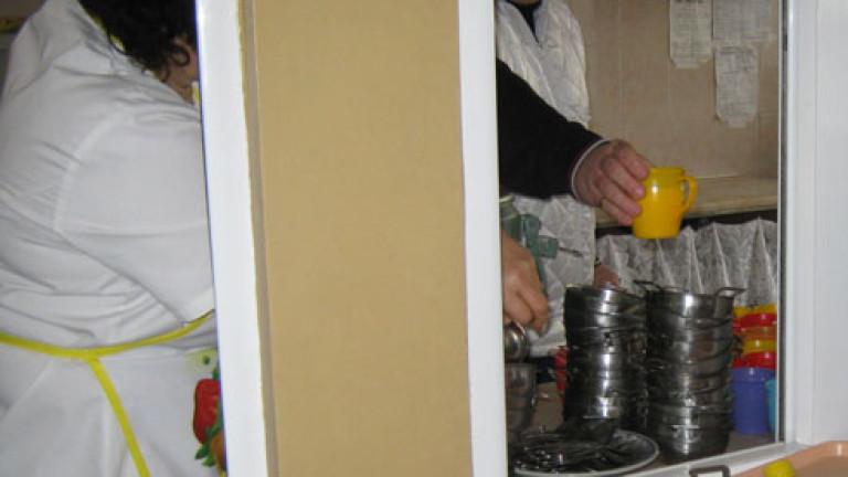 Инспектори тръгват по училищните столове и детските кухни