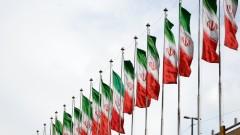 Десетки хиляди демонстрират в подкрепа на правителството на Иран