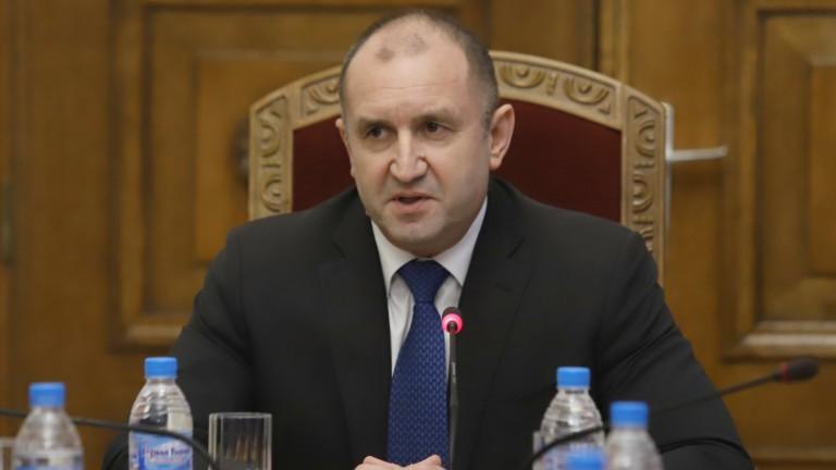Радев обяви война на правителството, разследват Божков за убийства, Вашингтон предприема мерки срещу корумпирани българи…