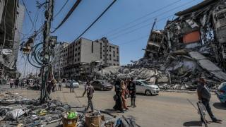 Трети ден на удари между Израел и Газа
