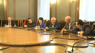 Сидеров с нови два депутатски имунитета по-малко