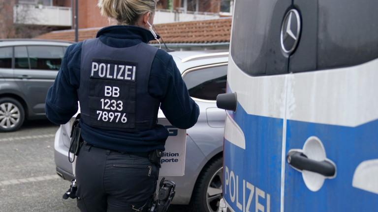 31 мигранти са открити в хладилен камион по време на