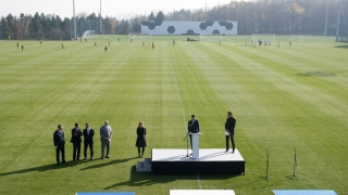 УЕФА ни дава за пример заради базата в Бояна