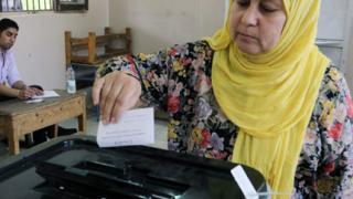 Удължиха гласуването на за президентския вот в Египет