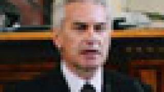 Сидеров: Първанов си прави умел ПР с учителите