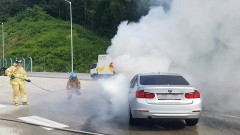 Джип пламна в движение по пътя Варна – Бургас