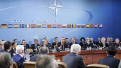 НАТО единно срещу Русия, но с разногласия за военните разходи
