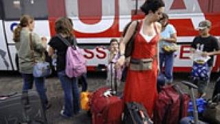Десетки хиляди се евакуират от Ливан
