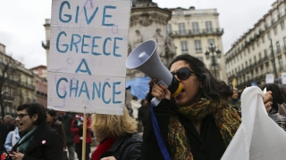 Тази европейска страна върви бързо по фаталните стъпки на Гърция