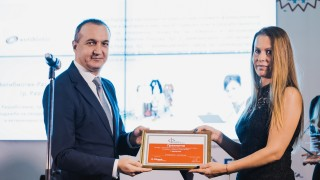 Българска компания доставчик на Apple и Tesla грабна приз от Fibank