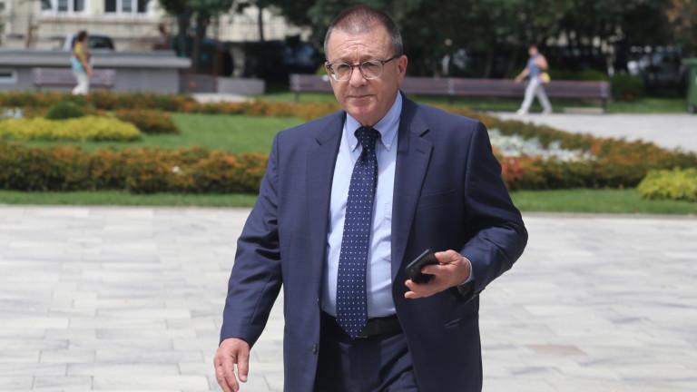 Бойко Ноев притеснен да не бъдем изненадани за Р С. Македония