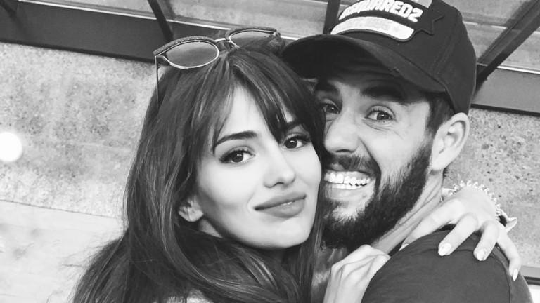 През октомври 2017 г. връзката наиспанската актрисаСара Саламо с футболиста