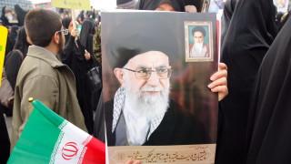 Хаменеи обвини САЩ, че стоят зад протестите в Иран