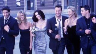 """Какво знаят Дженифър Анистън и Лиса Кудроу за новите """"Приятели"""""""