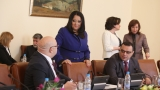 Правителството в оставка намери пари за програмата за саниране
