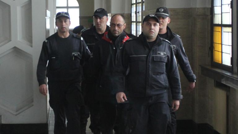 Органите на реда пуснаха на свобода сина на избягалия затворник