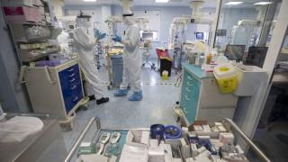 Рекордните над 18 000 починали от COVID-19 за денонощие по света