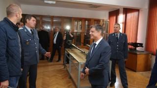 Ген. Попов: Премиерът и правителството искат да има Висше военновъздушно училище